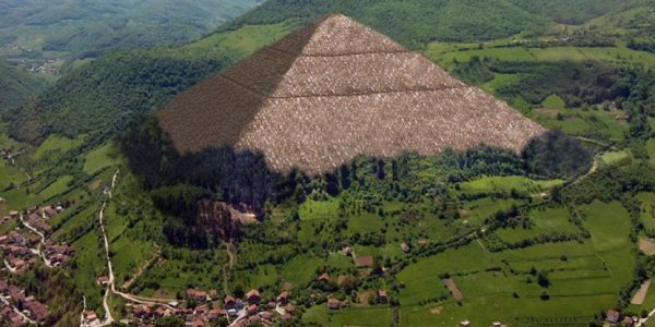 A depiction of what the Pyramid may have once looked like